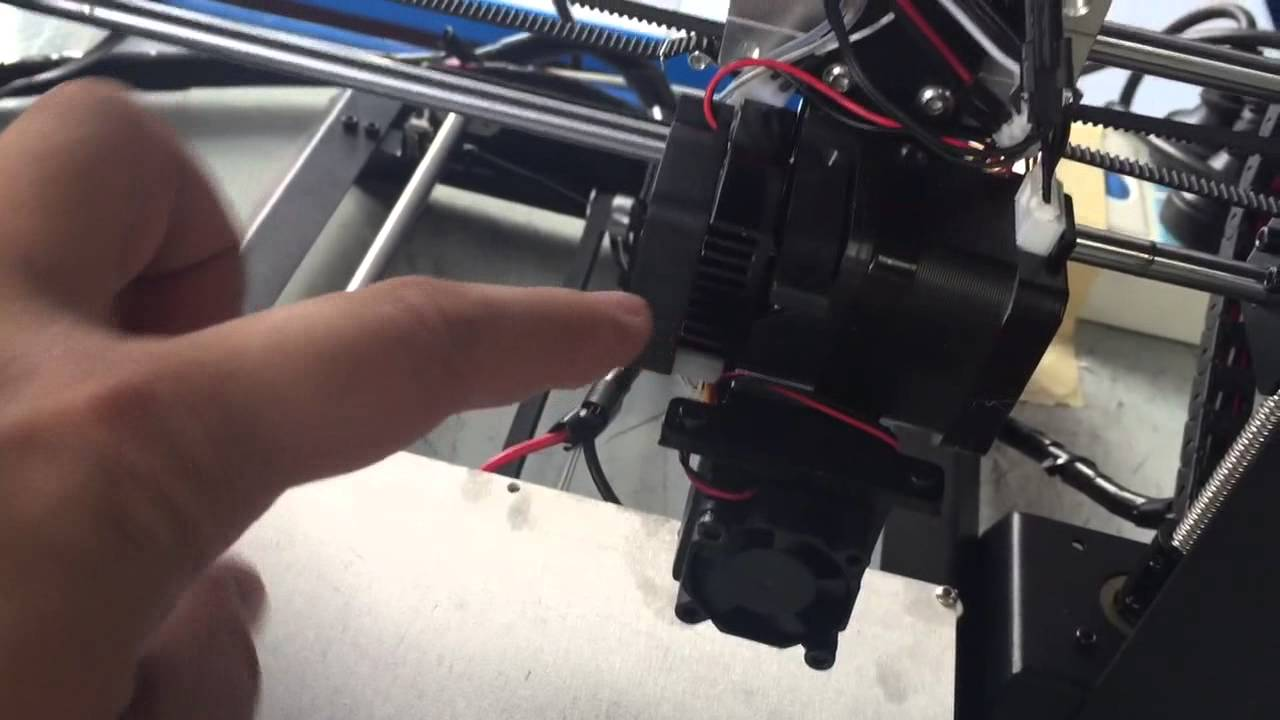How to deal with i3 extruder filament stuck?