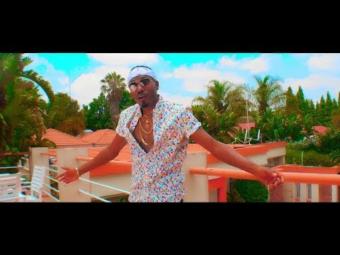 Roberto - One in a Million (Official Video/Clip)