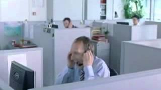 Hotline operator yelling at his customer !