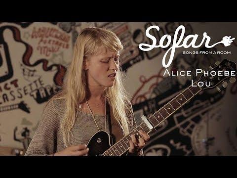Alice Phoebe Lou - My Outside | Sofar London