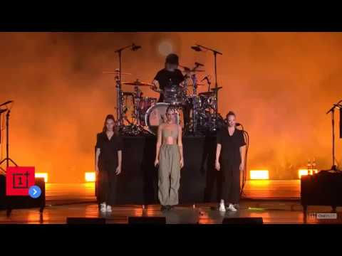 Dua Lipa Performs Don't Start Now In Mumbai, India 2019 | Live |