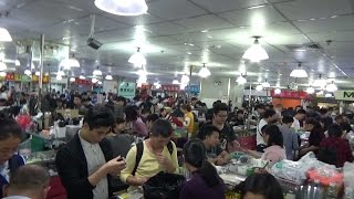 Целый рынок с iPhone. Цены на новые, б/у и копии iPhone - Жизнь в Китае #88(Некоторые думают, что раз iPhone производятся в Китае, то цены на них здесь значительно ниже чем в других стран..., 2017-01-09T02:18:55.000Z)