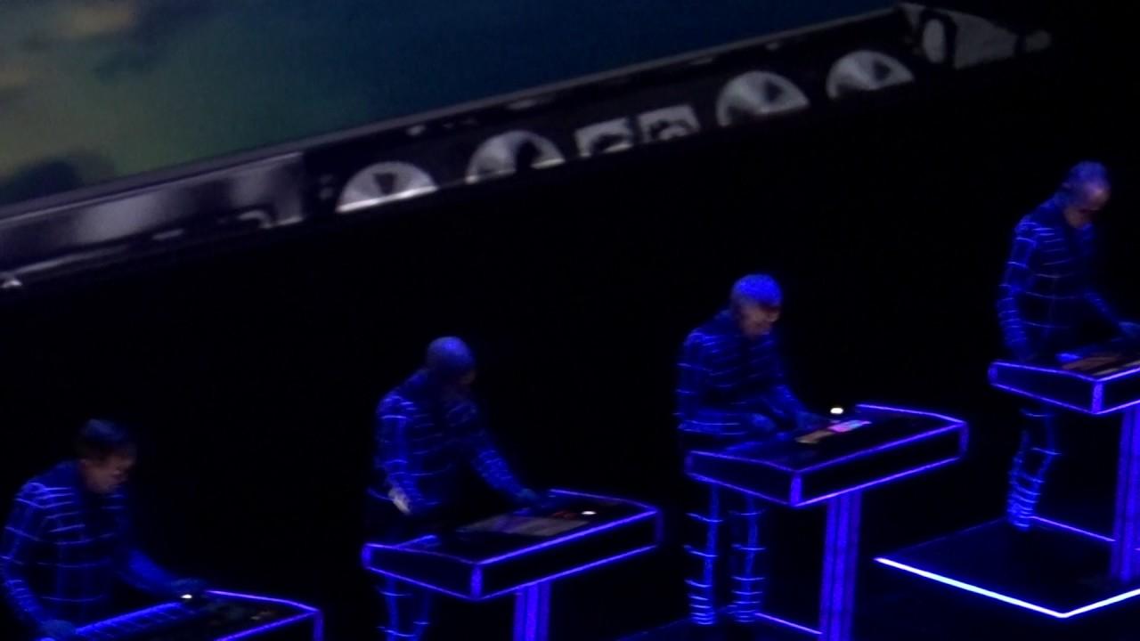 Kraftwerk 3D Spacelab The Royal Albert Hall - YouTubeKraftwerk 3d