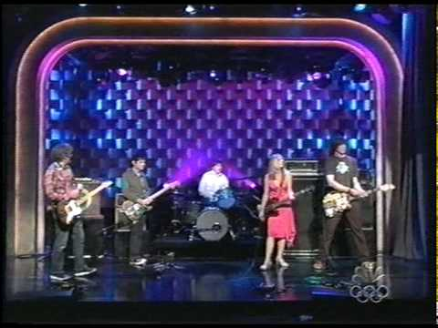 sonic-youth-unmade-bed-90sbandsontv