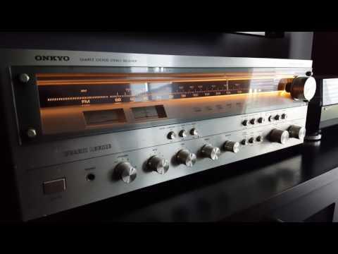 Vintage Stereo 2-Channel Setup