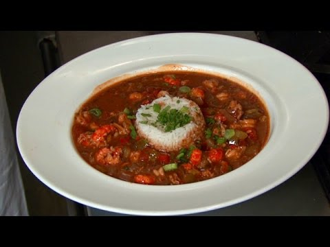 How To Make Traditional Crawfish Etouffee