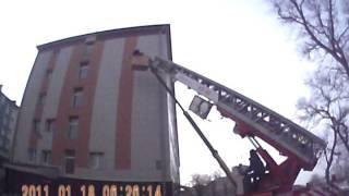 Чем может обернуться монтаж видеонаблюдения...(Монтаж купольной, управляемой видеокамеры с 33х оптическим зумом привел к тому, что автовышка сломалась..., 2012-01-29T01:29:49.000Z)