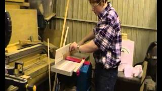 Handy Andys Woodworking- Magazine rack