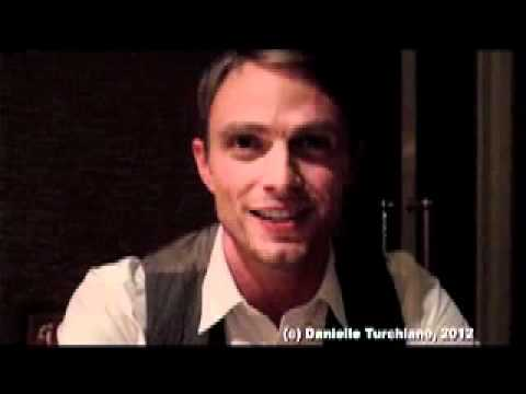 "Wilson Bethel, the ""pimp"" of 'Hart of Dixie', talks Wade & Zoe"