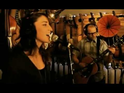 Weezer Feat Sara Bareilles - (If You're Wondering If I Want You To) I Want You To [Acoustic]