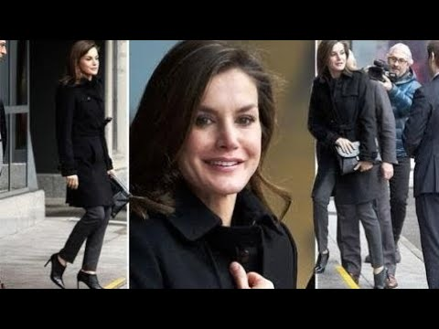 Queen Letizia news: Spanish royal suggests off horny boots at some point of charity  Royal Magazine