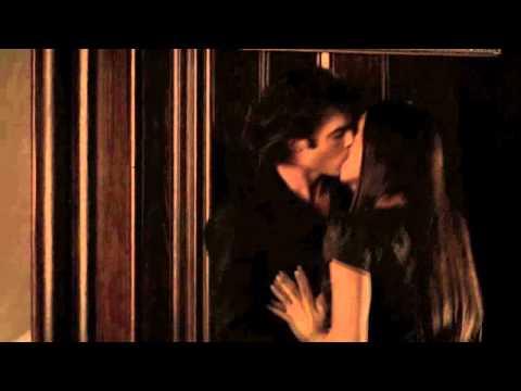 Damon and Elena - Flay you alive