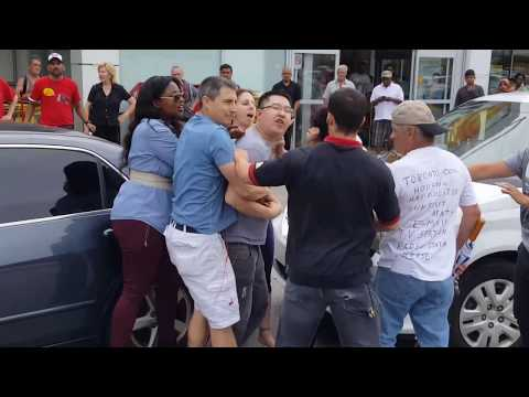 Road Rage Turns Violent In Cedarbrae Mall No Frills Scarborough Parking Lot