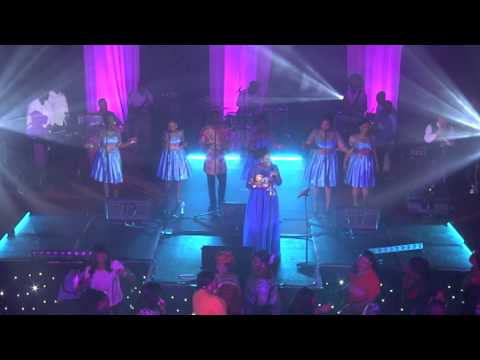 'Ohene (King)' live at the 'Experience with Diana Hamilton 2014' in London