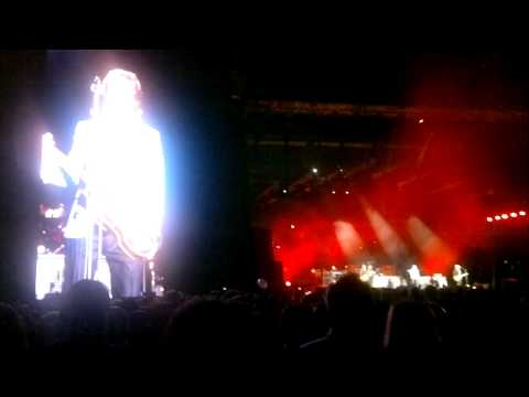 Paul McCartney in Rio 22/06/2011- Hello Goodbye + 5 song