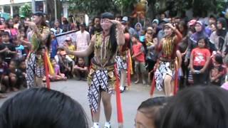 Reog Ponorogo- jatilan cantik candimulyo Dolopo Madiun 04-12-2016