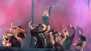 Taylor Swift - I Did Something Bad at Reputation Stadium Tour in London Video