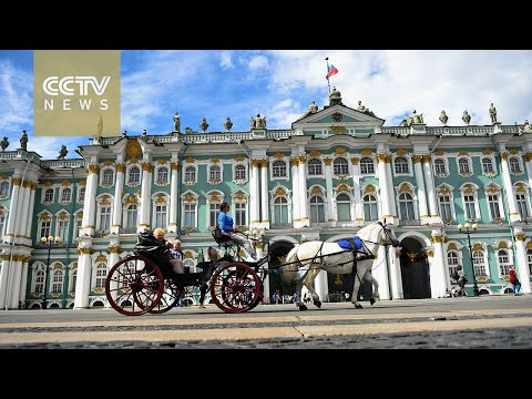 Chinese tourists flock to Russia's Soviet-era sites