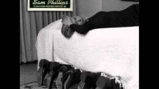Watch Sam Phillips Strawberry Road video