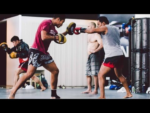 how-many-calories-does-a-muay-thai-fighter-burns-in-a-day?
