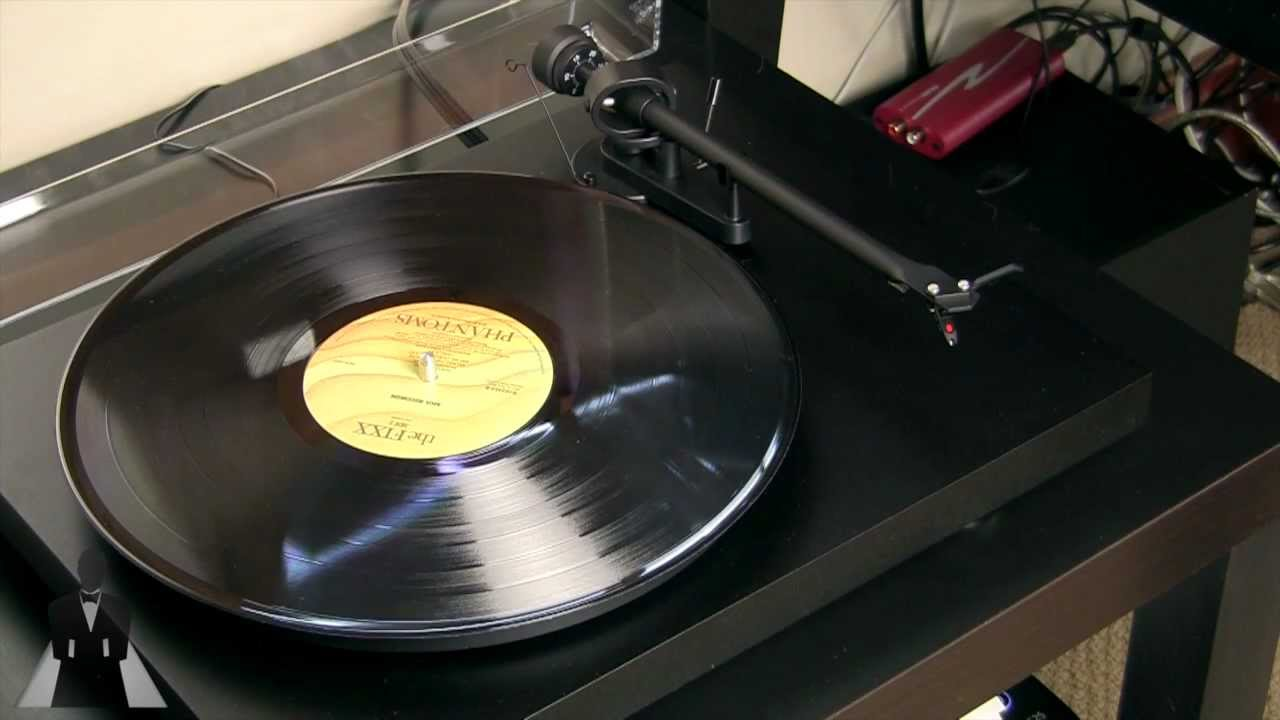Unboxing And First Look Pro Ject Debut Iii Turntable