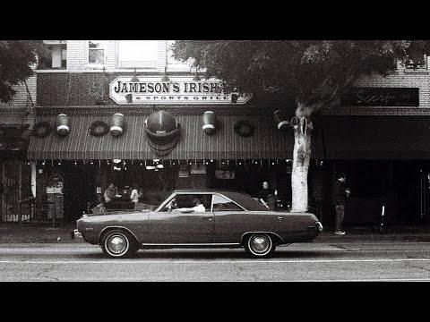 Black & White Street Photography in LA [Kodak Tri-X 400]