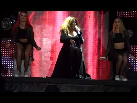 Rengareng Aygun Kazimova Qebele konsert...