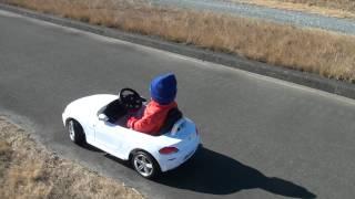 1歳児が乗る!電動乗用 ラジコンカー RC電動車 BMW Z4