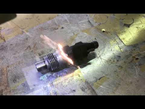 Čištění vstřikovací trysky dieslového motoru