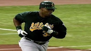 ALDS Gm1: Frank Thomas hits two home runs in opener