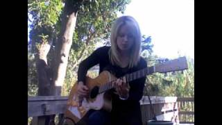 Orianthi Performing Drive Away (Acoustic)