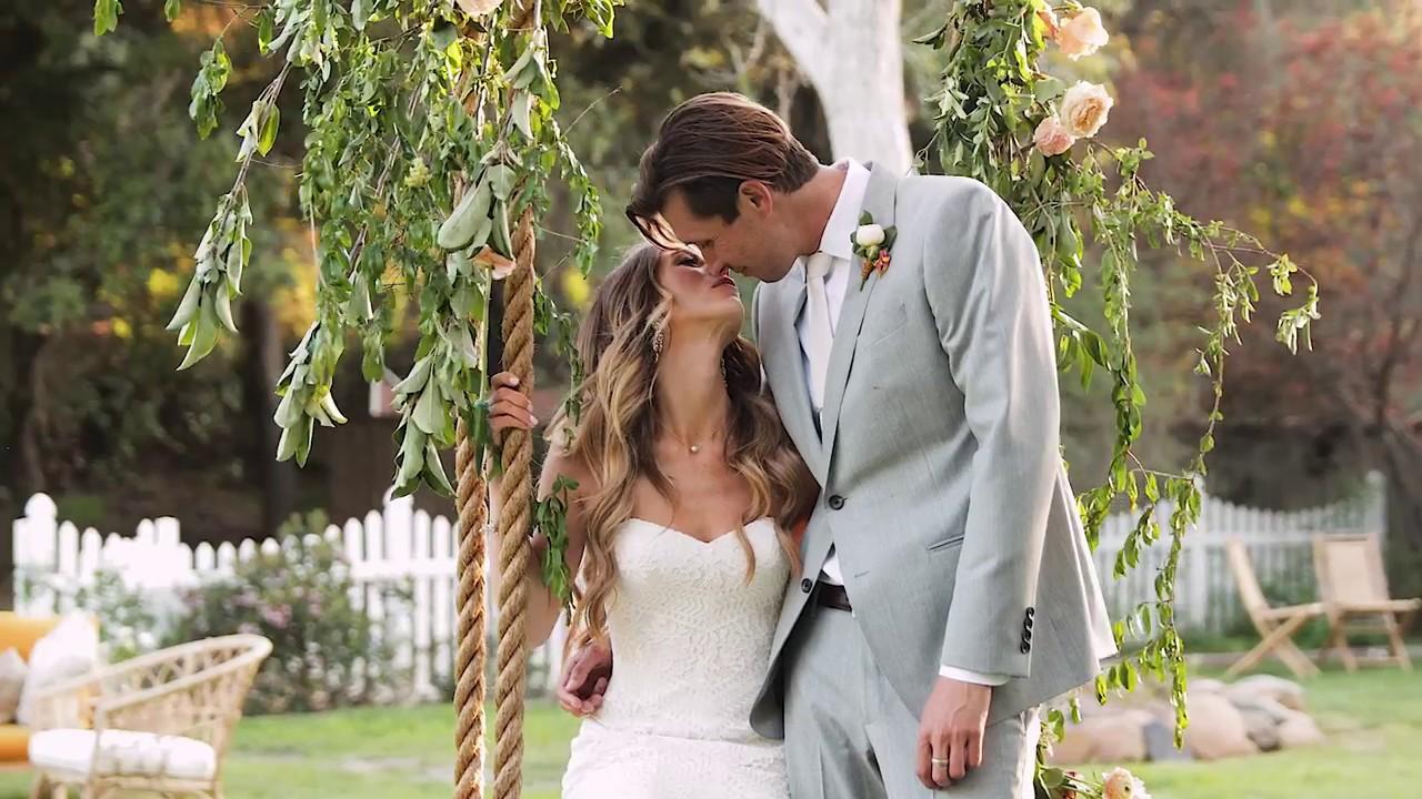 Martha Stewart Daughter Wedding.Tenley Molzahn And Taylor Leopold S Intimate Backyard Wedding Martha Stewart Weddings
