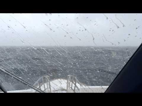 Low Pressure - High Seas - Hyperlapse