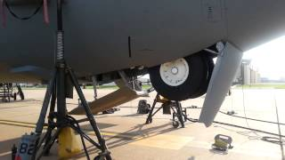 C-130J Landing gear   retraction and extension