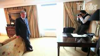 Директор Royal Mansour инспектирует отели Москвы(В то время, пока генеральный директор отеля Royal Mansour Жан-Пьер Шомар проводил инспекцию лучших московских..., 2012-08-27T14:50:17.000Z)