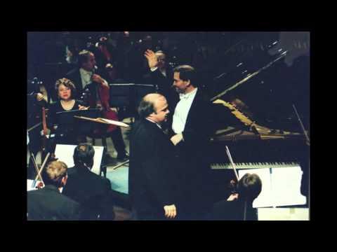 Alexander Toradze plays Prokofiev Piano Concerto no. 3 - live 1990