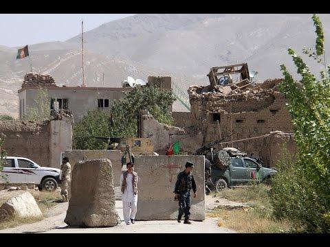 Afghan Taliban storm jail, release hundreds of prisoners in Ghazni
