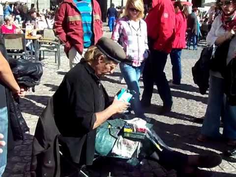 Street artist at Plaza Mayor Madrid Spain Sun Mar 11 2012.MOV