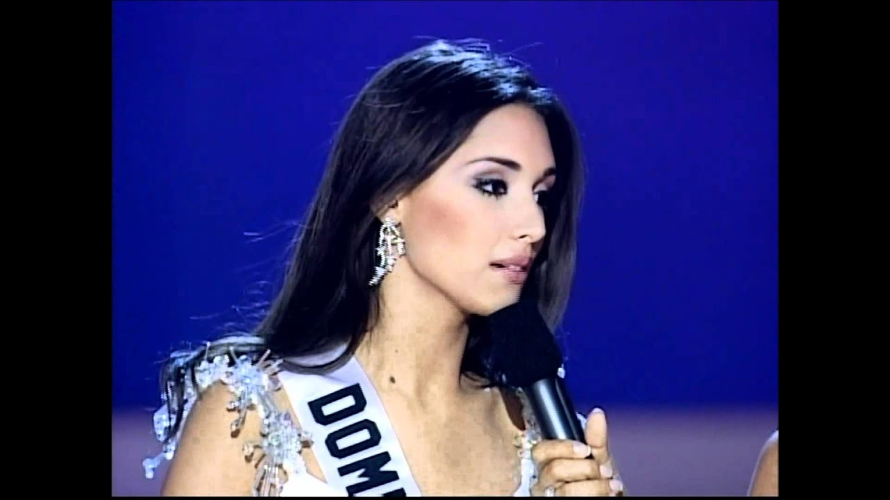 Amelia Vega Dominican Republic Miss Universe 2003