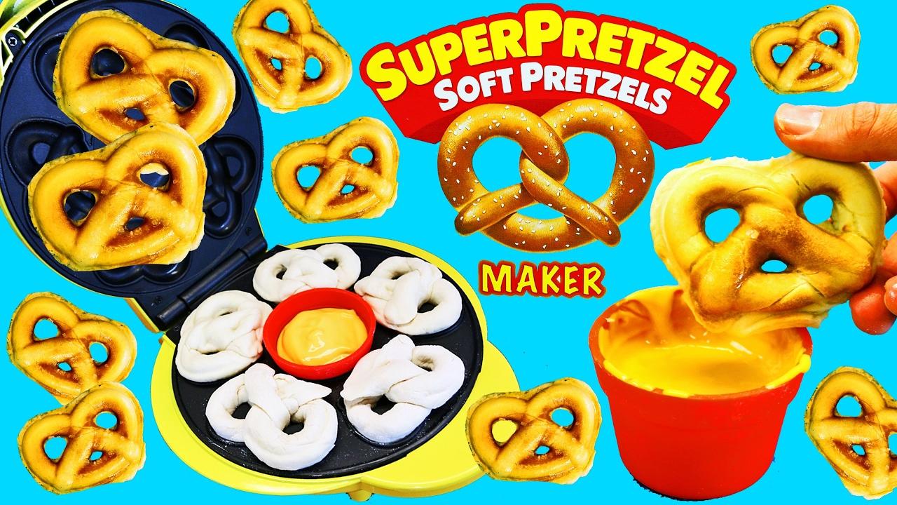 Pretzel Maker Super Pretzel Soft Pretzels Maker Mcdonalds Happy Meal Surprise Toys Disneycartoys Youtube