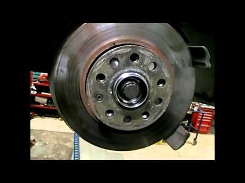 Шкода Октавия передний ступичный подшипник,замена/Skoda Octavia front wheel bearing,replacement.