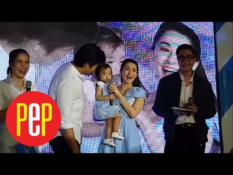 Watch Baby Zia greet everyone in this event - 동영상