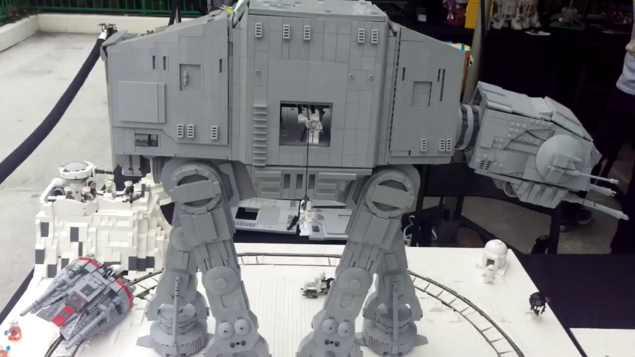 Lego Hoth Moc With Ucs At At And Motorized Snowspeeder