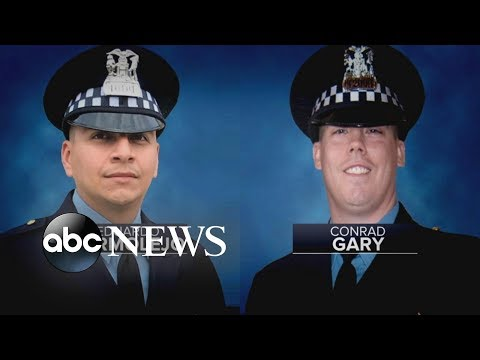 2 Chicago officers fatally struck by train while pursuing suspect