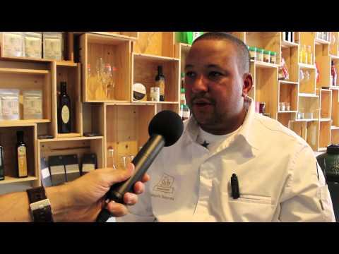 François Geurds opent FG Noodle Shop in Rotterdam