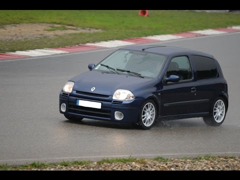 best of trackdays 2014 with my renault sport clio 2 rs mk1 on the track of al s france youtube. Black Bedroom Furniture Sets. Home Design Ideas