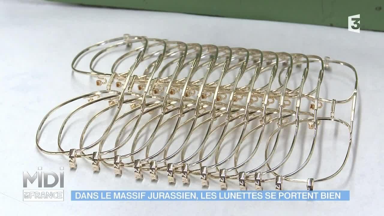 Made in france dans le massif jurassien les lunettes se for Portent translation