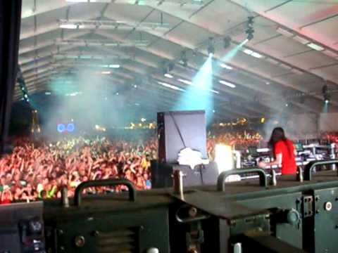Bassnectar @ Coachella 2010  Where is My Mind stage view