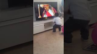 teddy afro atse tewodros a very sweet baby s reaction