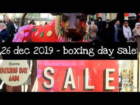 Boxing Day Sale / Bullring Shopping Centre Birmingham City  🇬🇧  / United Kingdom ...